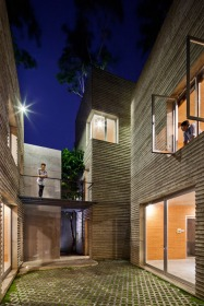 House-for-Trees-by-Vo-Trong-Nghia-Architects_dezeen_468_13