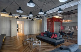 http://www.home-designing.com/2015/01/warm-industrial-style-shines-in-a-st-petersburg-loft